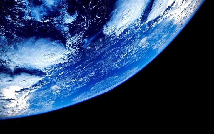Фрагмент поверхности земли